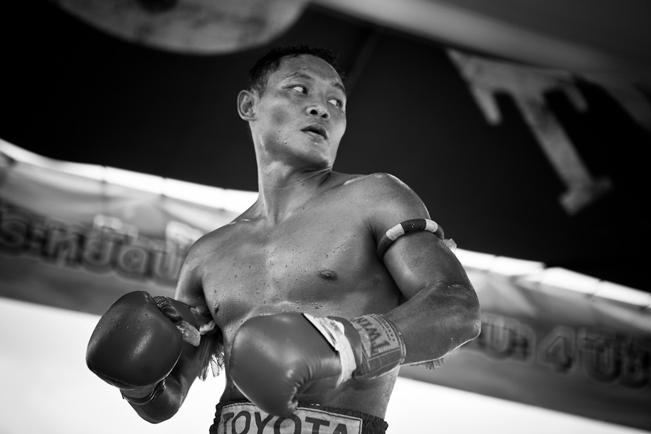Saenchai Muay Thai - charisma and grace