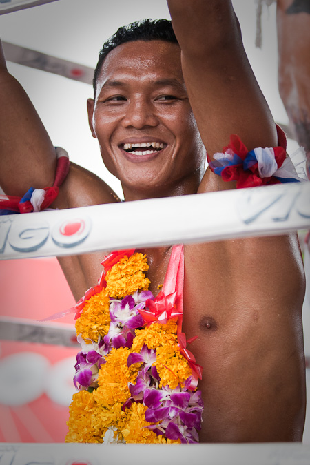 Muay Thai Saenchai in victory